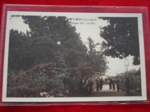 Tarxeta postal: Noia (Noya) - Paseo do Xardín. 1920