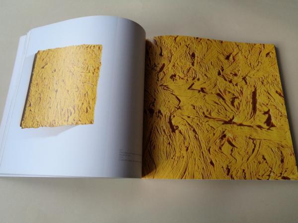 TEO SORIANO. Codo manchado de azul turquesa. Catálogo Exposición Kiosko Alfonso, A Coruña, 2011