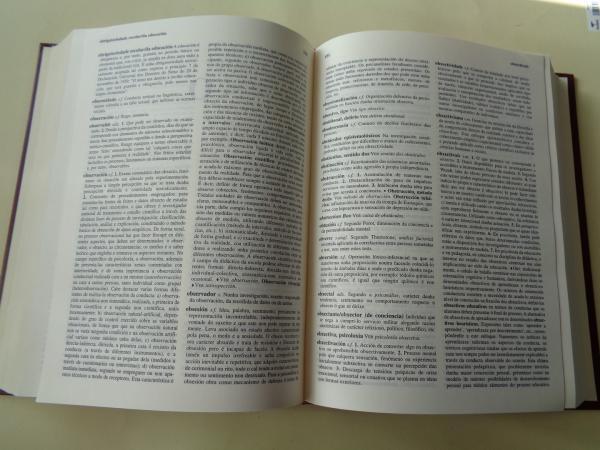 Diccionario de Psicoloxía e Educación