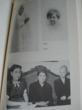 Mulleres. María Casares - Margarita Ledo - Ana Kiro - Vistoria Armesto - María Moreira - Mercedes Ruibal - María Xosé Queizán - Maruxa Villanueva