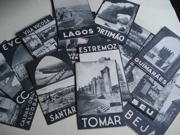 Lote de 24 folletos turísticos con ilustracións e fotografías en branco e negro de 24 cidades e vilas de Portugal (1948)