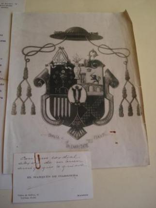 Primeiro blasón do Arcebispo D. Fernando Quiroga Palacios ao ser nomeado Bispo de Mondoñedo en 1944. O lote inclúe unha descrición do escudo, en papel orixinal do Archivo Heráldico de los Sres. de Rújula, Reyes de Armas de S. M. (Madrid, febrero, 1945) - Ver os detalles do produto
