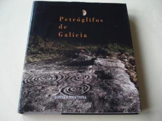 Petróglifos de Galicia (En galego). Fotografías en color de gran formato - Ver os detalles do produto