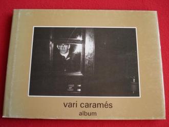 Vari Caramés. Álbum de fotografías a toda páxina en branco e negro - Ver os detalles do produto
